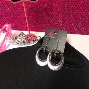 *NWT* Paparazzi Earrings!